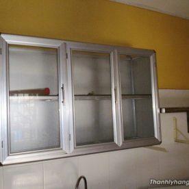 Thanh lý tủ kính treo tường